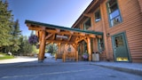 Overlander Mountain Lodge - Jasper East Hotels