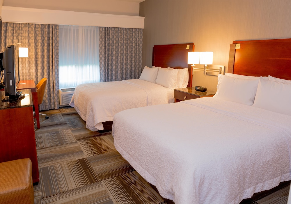 Hampton Inn And Suites Riverside Corona East 2018 Room Prices 111