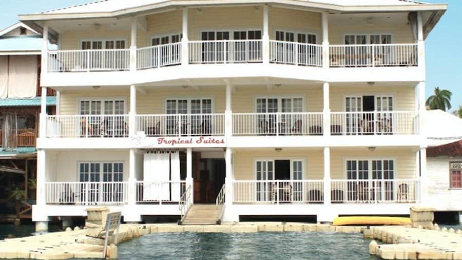 Tropical Suites Hotel