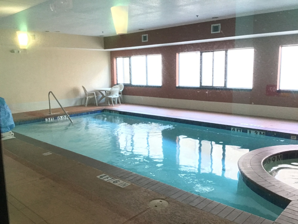 Indoor Pool, Days Inn by Wyndham Kemah