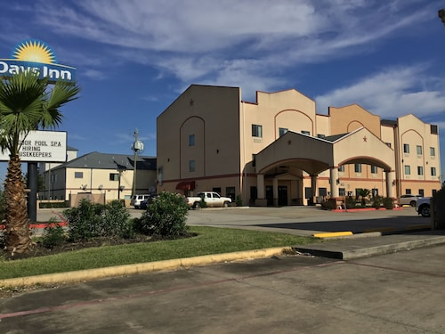 Days Inn by Wyndham Kemah