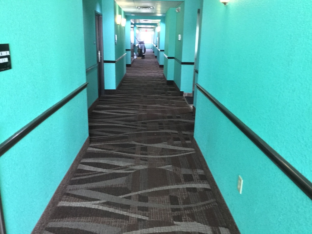 Hallway, Days Inn by Wyndham Kemah