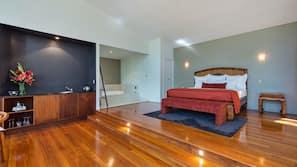 Premium bedding, iron/ironing board, WiFi, wheelchair access