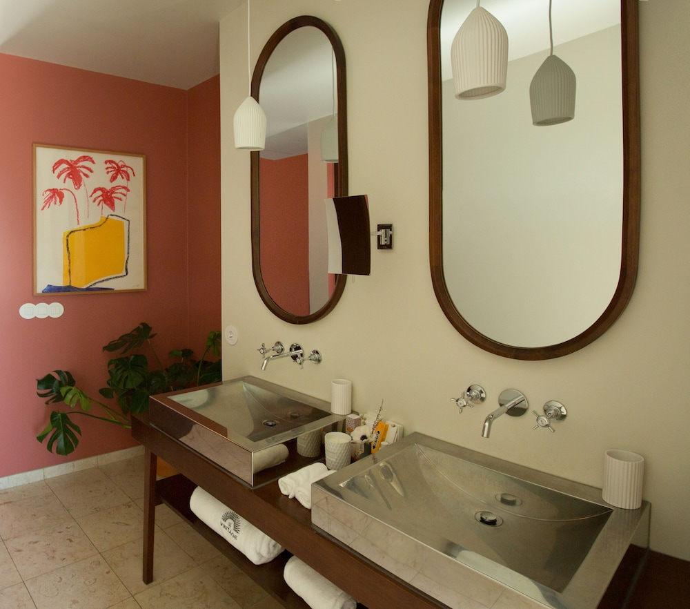 Bathroom, The Vintage Hotel & Spa - Lisbon