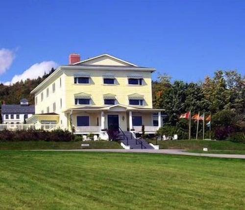 Check Expedia for Availability of Rossmount Inn