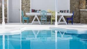 Außenpool (je nach Saison geöffnet), Cabañas (kostenlos), Liegestühle
