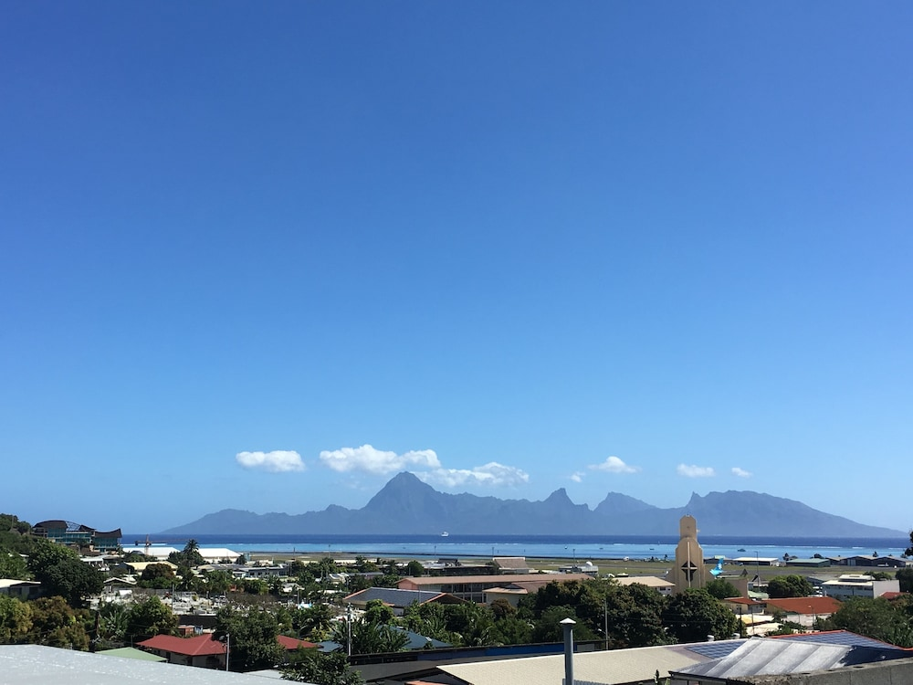 View from Property, Tahiti Airport Motel
