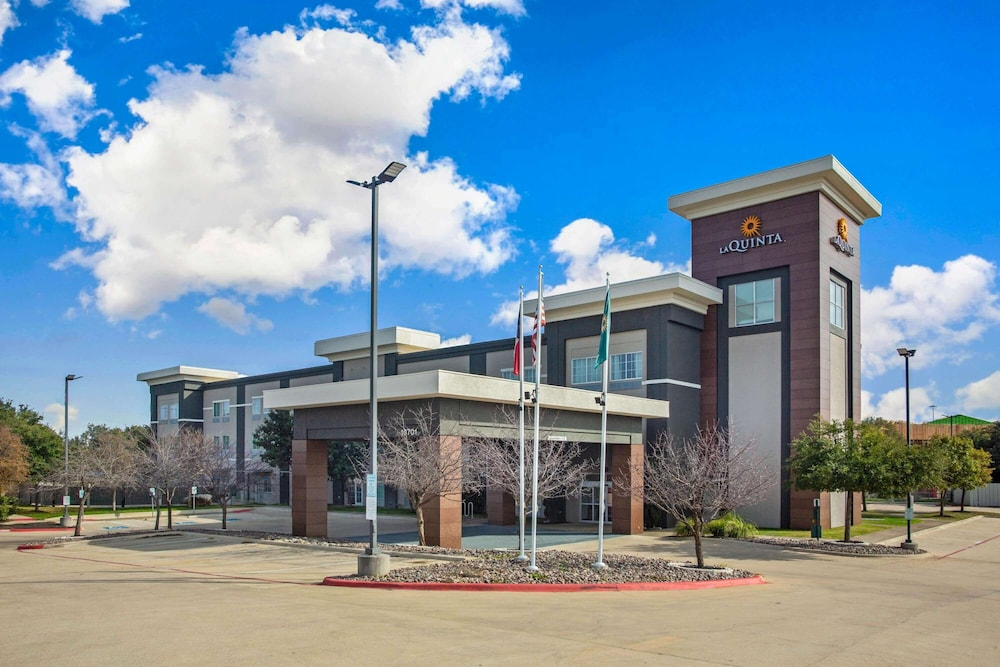 Featured Image, La Quinta Inn & Suites by Wyndham Austin NW/Lakeline Mall