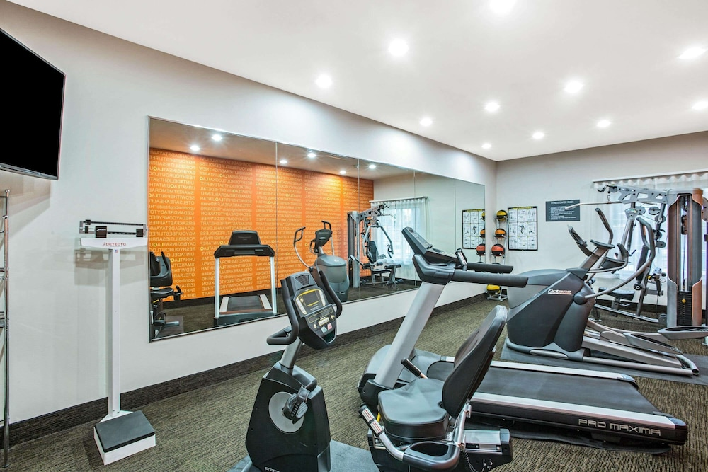 Fitness Facility, La Quinta Inn & Suites by Wyndham Austin NW/Lakeline Mall