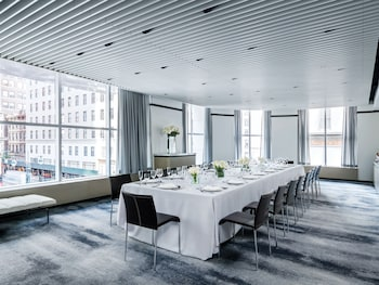 The Langham, New York, Fifth Avenue, New York: 2019 Room