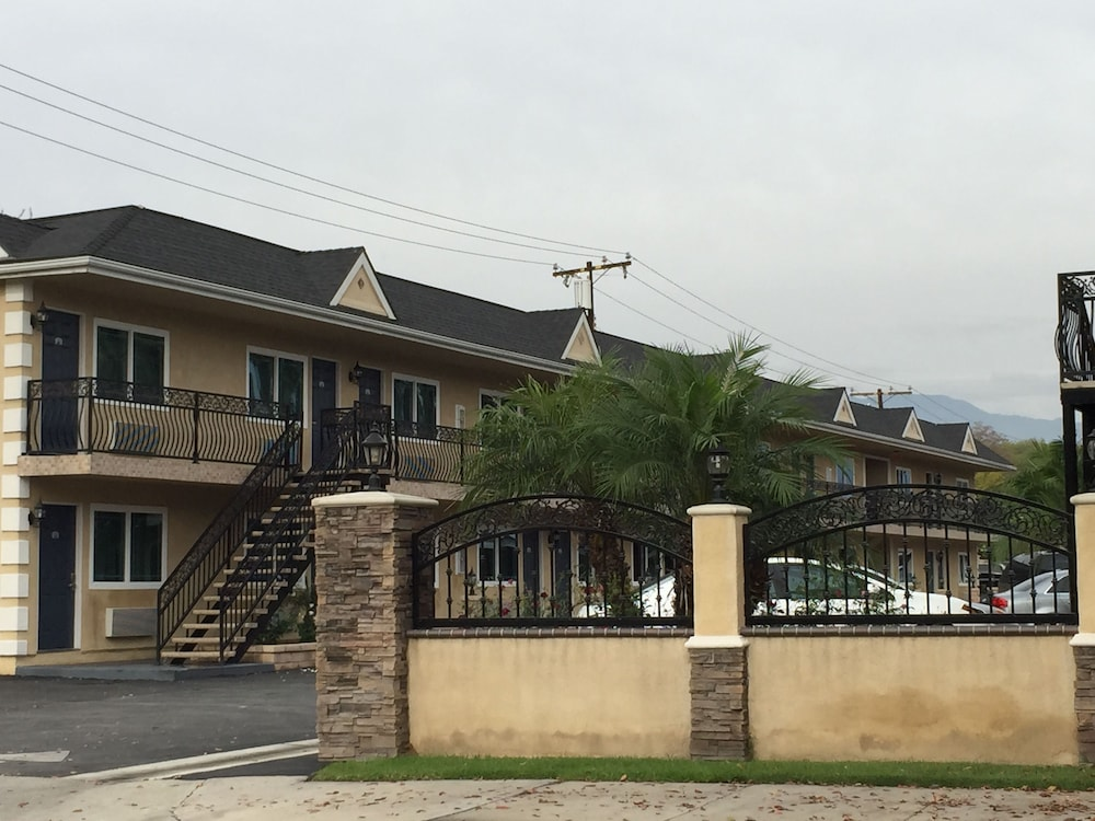 Walnut Inn Suites West Covina In Los Angeles Hotel Rates Reviews On Orbitz