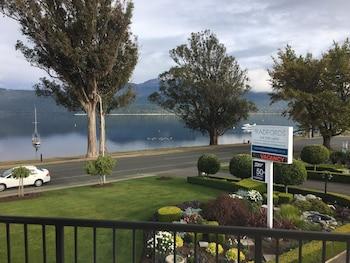 Radfords on the Lake