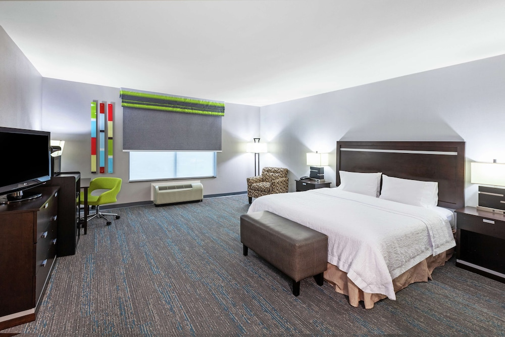 Room, Hampton Inn & Suites Houston/League City, TX