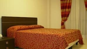 1 camera, copriletto in piuma, Wi-Fi gratuito