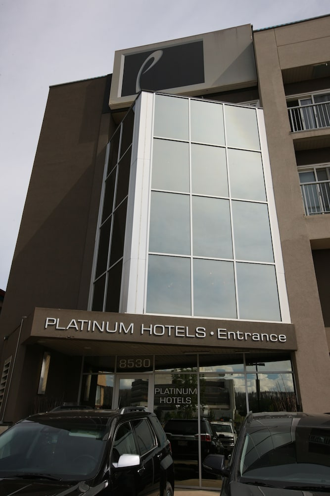 platinum hotel fort mcmurray room prices reviews. Black Bedroom Furniture Sets. Home Design Ideas