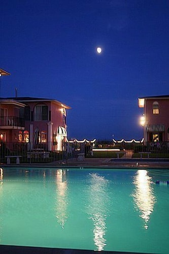 Outdoor Pool, Periwinkle Inn - Cape May, NJ