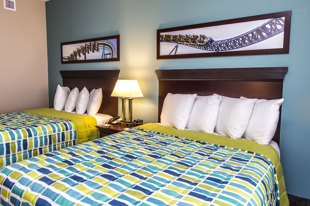 Cedar Point's Express Hotel (Sandusky, USA) | AARP® Travel ...