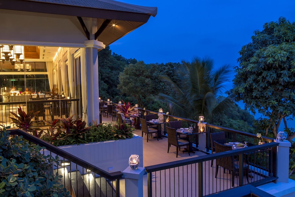 Outdoor Dining, Banyan Tree Samui