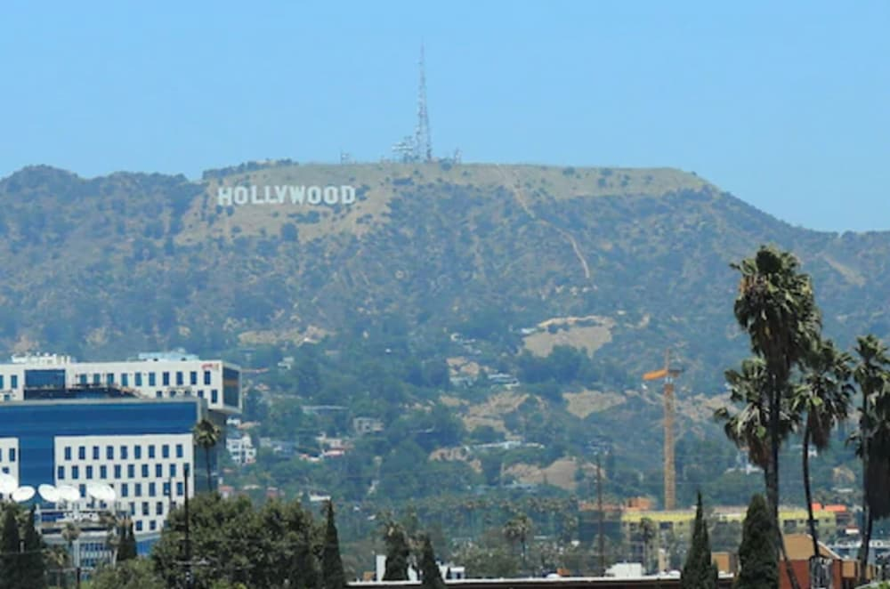 City View, Hollywood Historic Hotel