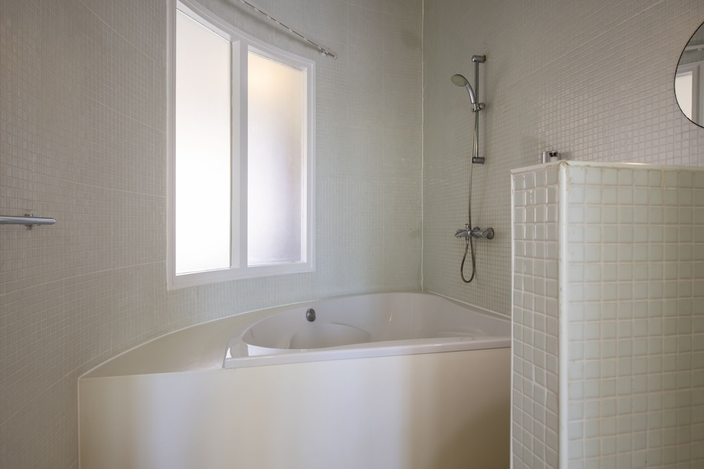 Bathroom, Boutique Hotel t Klooster