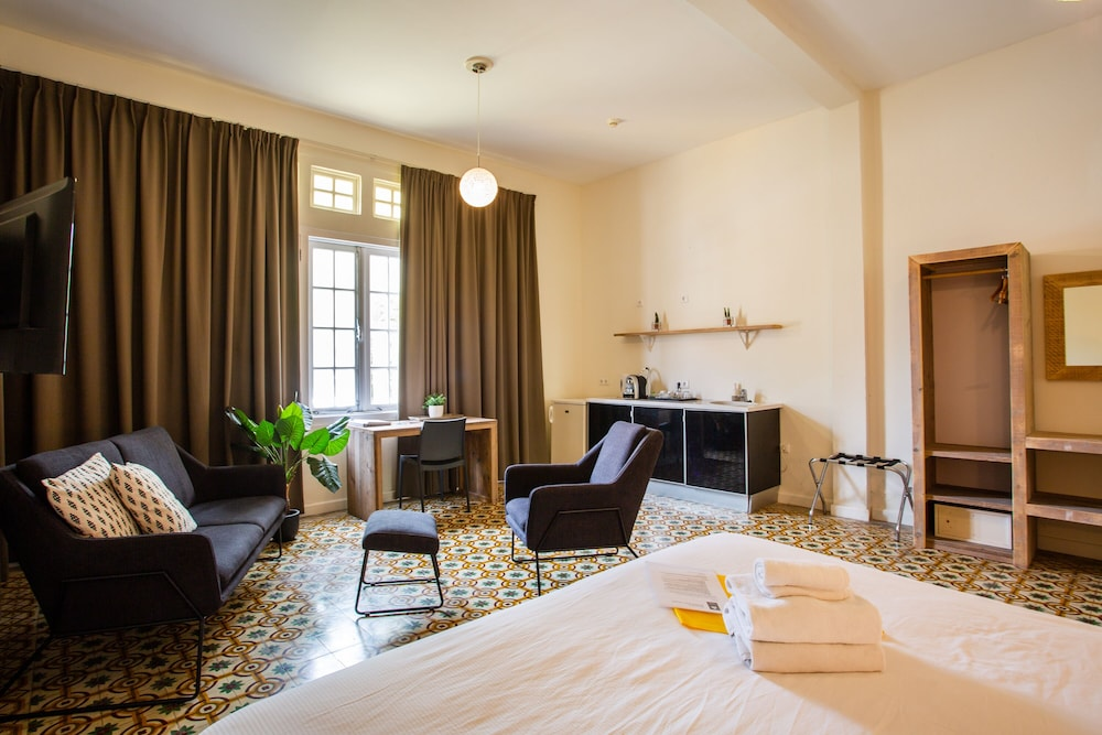 Room, Boutique Hotel t Klooster