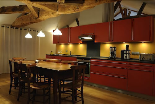 Private Kitchen, Le Chateau De Besseuil