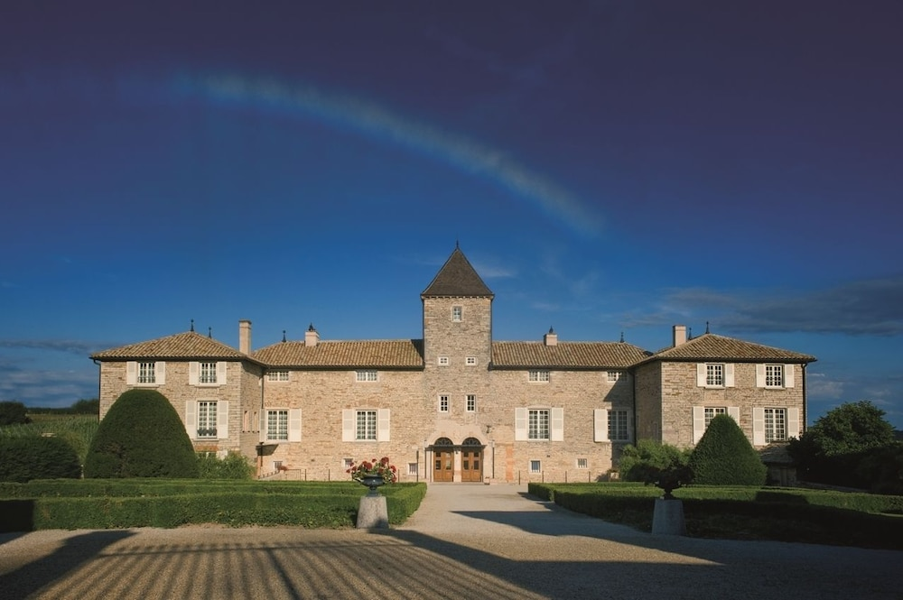 Featured Image, Le Chateau De Besseuil