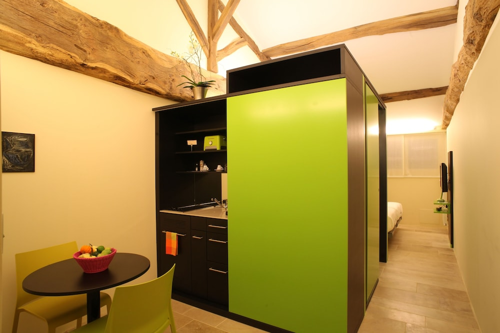 Private Kitchenette, Le Chateau De Besseuil