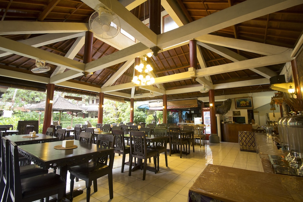 Breakfast Area, Bakung Sari Resort and Spa