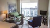 Glen Grove Residences - Maple Leaf - Toronto Hotels