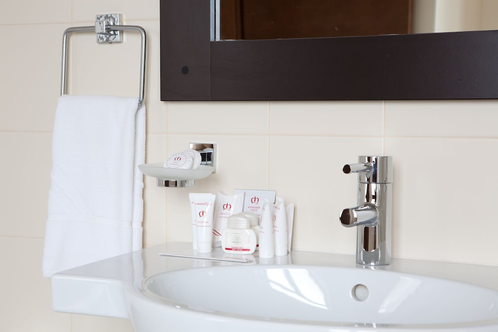 Bathroom Amenities, Europa Royale Bucharest