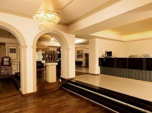 호텔 라 콜로니아