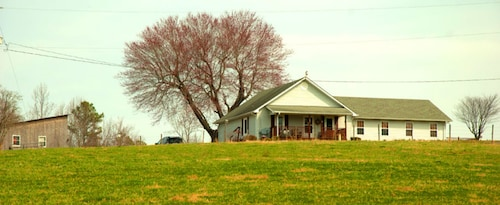 Check Expedia for Availability of Wolf Creek Farm
