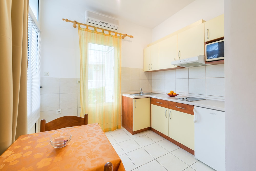 Private Kitchen, Apartmani Ivanovic
