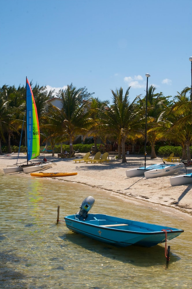 Boating, Caribbean Villas Hotel