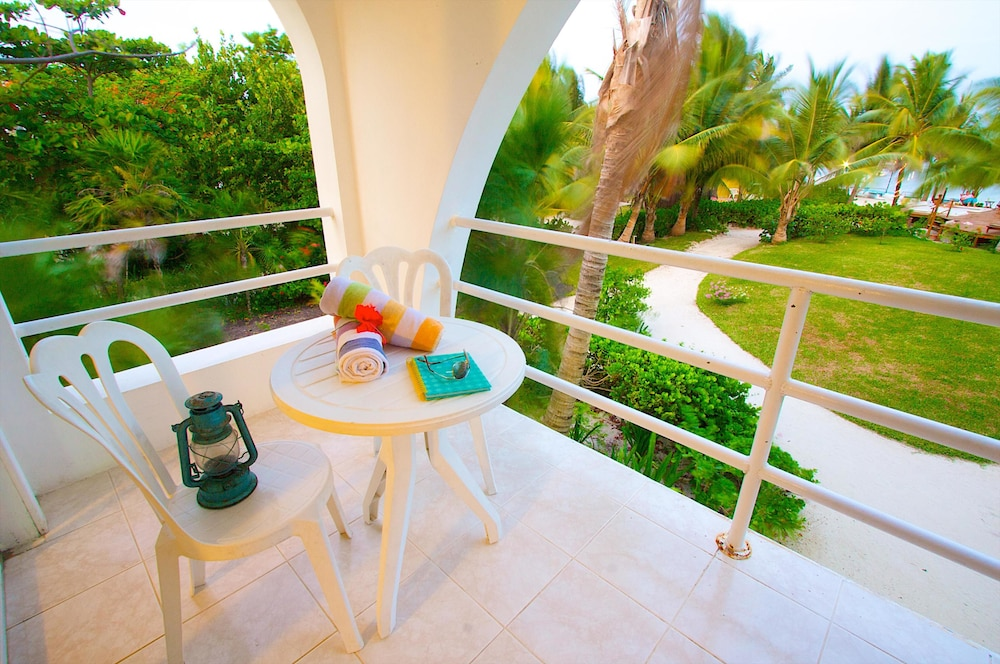 Terrace/Patio, Caribbean Villas Hotel