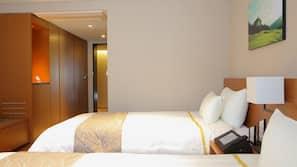房內夾萬、窗簾、免費 Wi-Fi、床單
