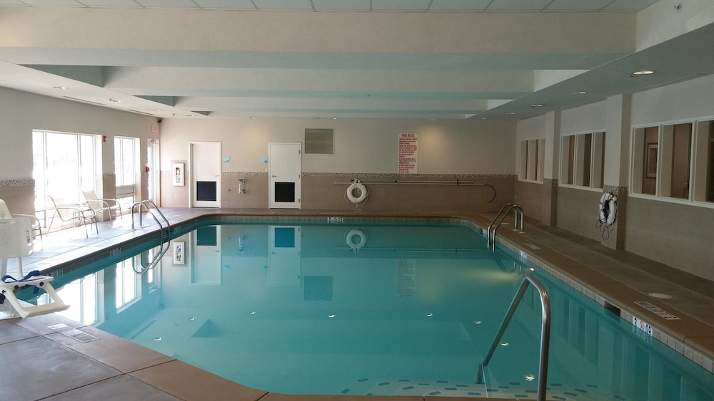 Pool, Holiday Inn Express Augusta North, an IHG Hotel