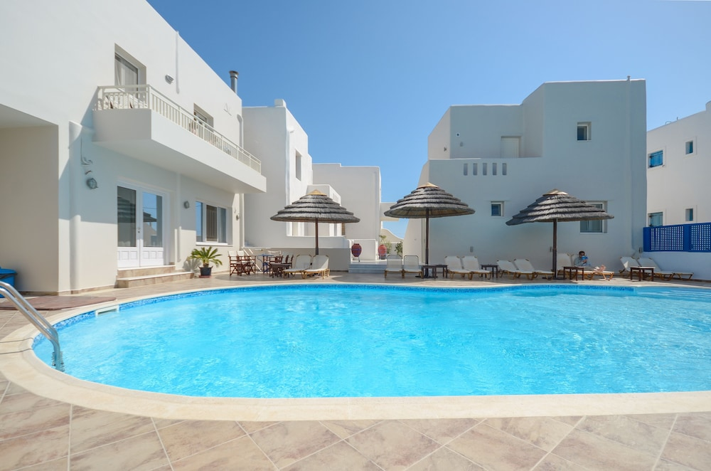 Villa Adriana In Naxos Cheap Hotel Deals Rates On Cheaptickets