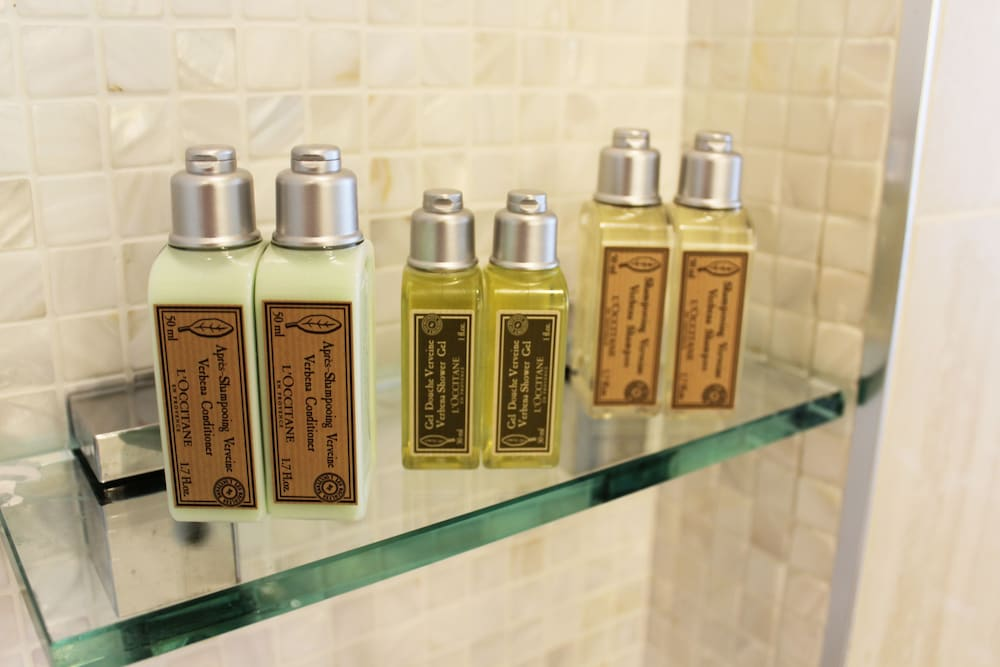Bathroom Amenities, Leopalace Resort Guam