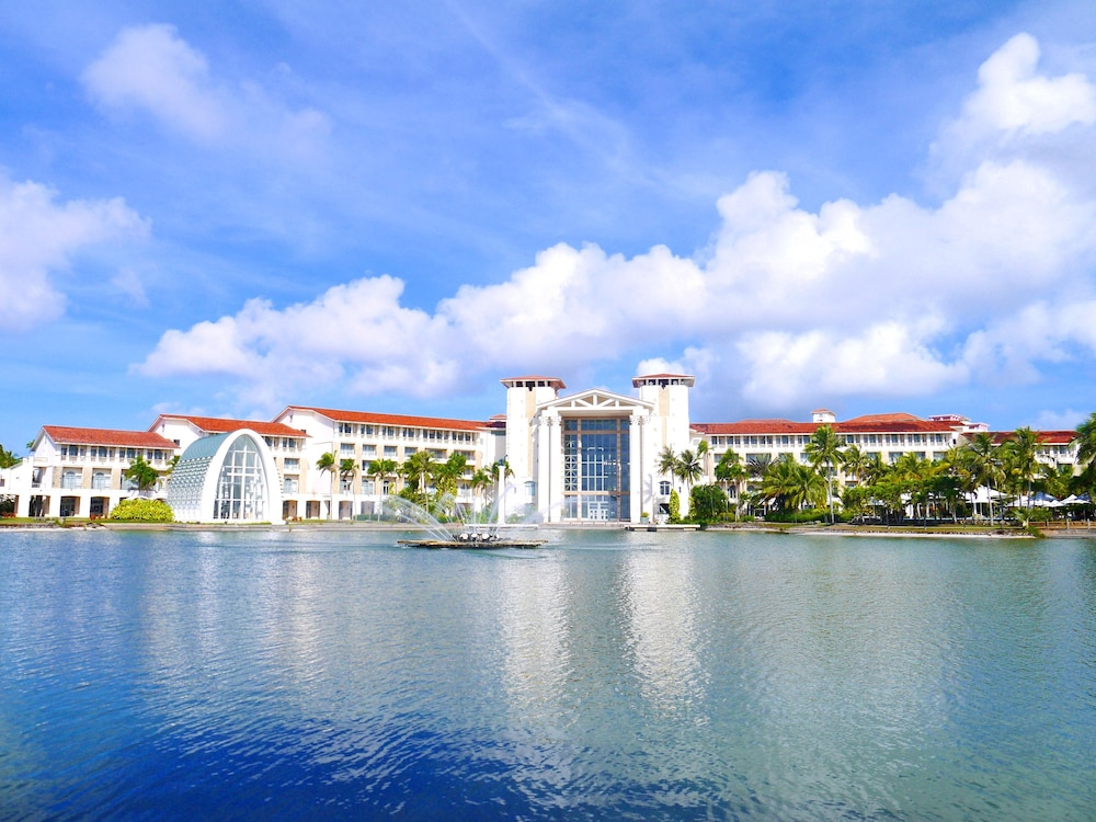 Front of Property, Leopalace Resort Guam
