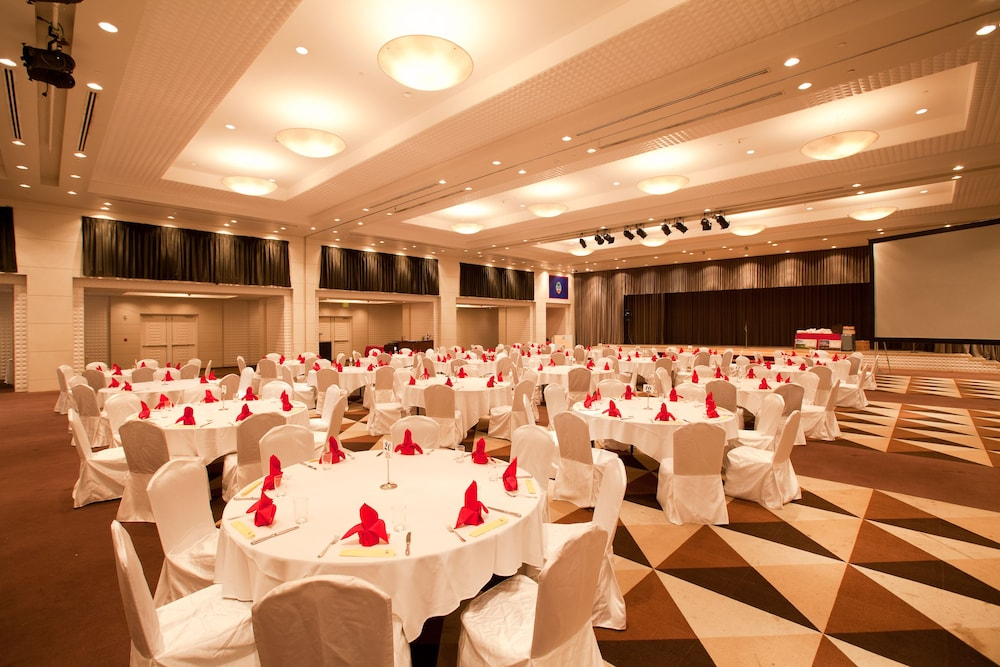 Banquet Hall, Leopalace Resort Guam