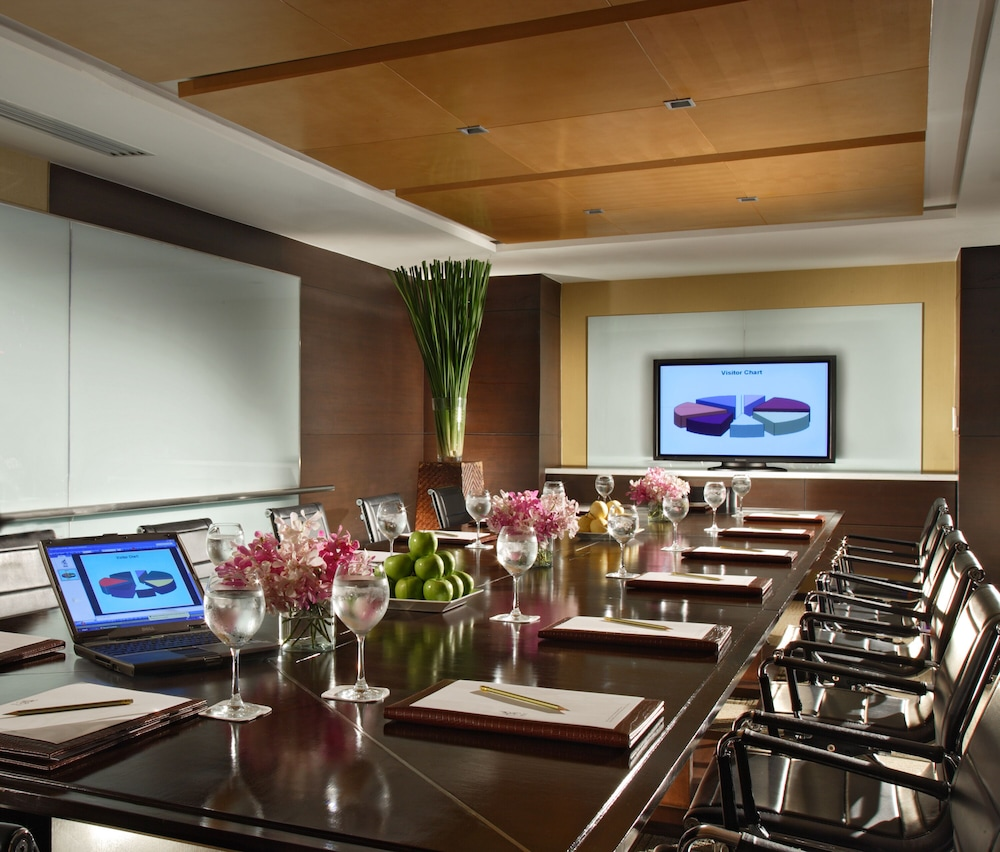 Meeting Facility, Tower Club at lebua (The World's First Vertical Destination)
