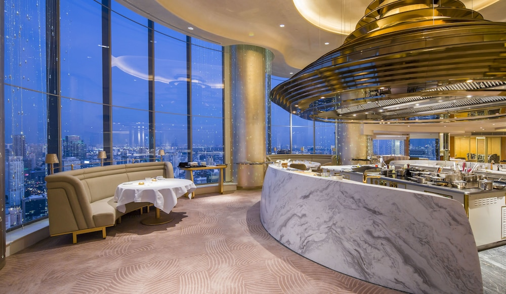 Restaurant, Tower Club at lebua (The World's First Vertical Destination)