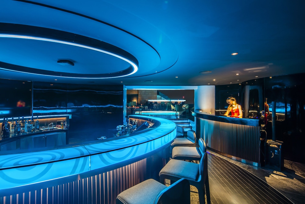 Nightclub, Tower Club at lebua (The World's First Vertical Destination)