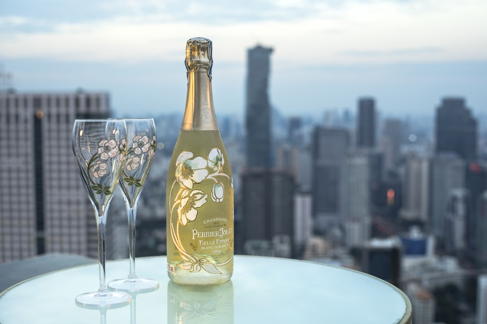 Food and Drink, Tower Club at lebua (The World's First Vertical Destination)