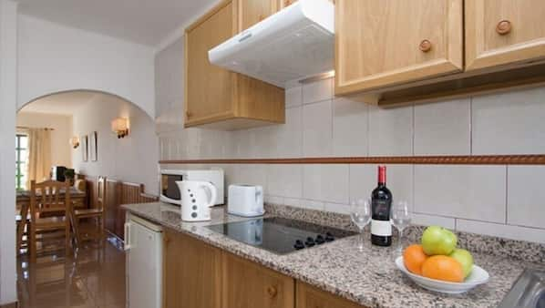 In-room safe, iron/ironing board, free cots/infant beds, free WiFi