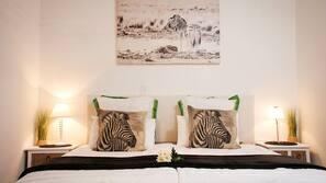 1 slaapkamer, een kluis op de kamer, individueel gedecoreerd