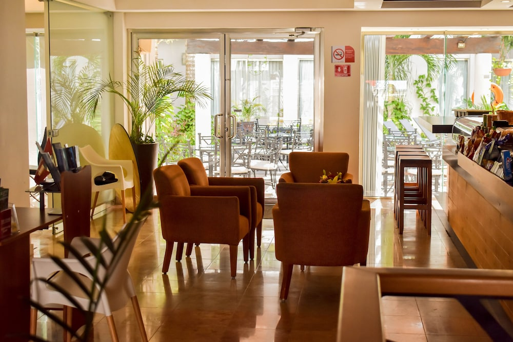 Lobby, Ambiance Suites Cancun