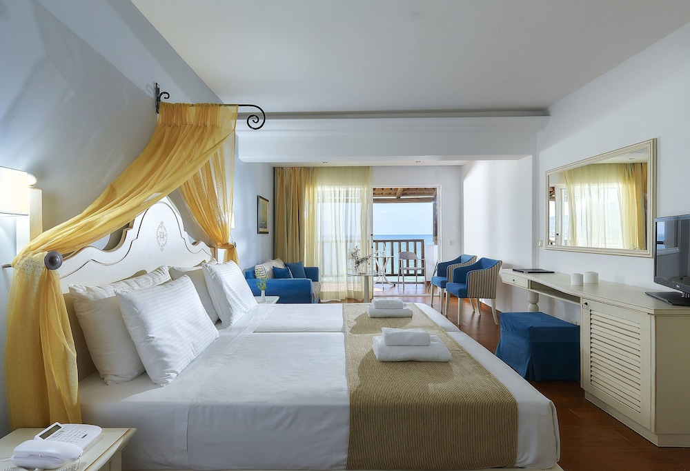 Room, Alexander Beach Hotel & Village